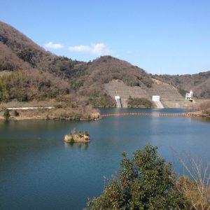 松川湖・奥野ダム散策。ウォーキングや桜や梅の名所です。