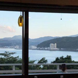 「スタッフ日記」夏のこころねの過ごし方。テラスで夕涼み。湯上がり生ビール。