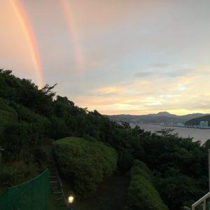 【動画】ダブルレインボー「虹がかかる伊東市宇佐美の海」金目鯛の宿こころねより撮影