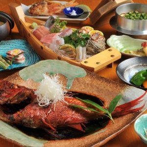 【お料理のボリュームについて】メディアでも紹介!伊豆・下田産、超特大金目鯛の煮付けコース全11品