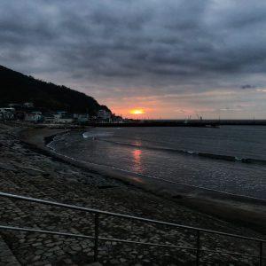 【宇佐美海岸より今朝の朝焼け】伊東市宇佐美にある宇佐美海岸は、初日の出スポットです。